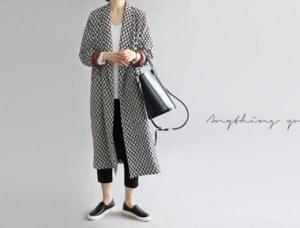 [Shipped the same day] Zen Print Robe - Black