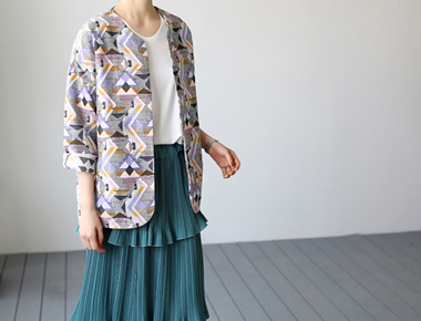[Same day delivery] Grand jacquard jacket moderately thick feeling. Early summer.