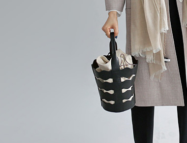 Wave Black Bucket Bag