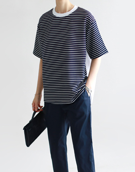 A: The same day. Stripe Colored Top - 2c